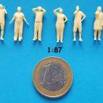 figurine regard en hauteur 1/87ème