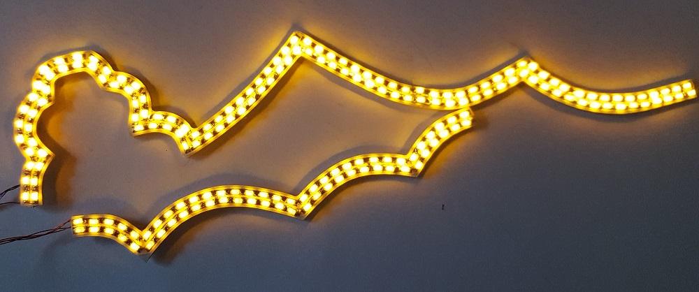 Facade indiago illuminée